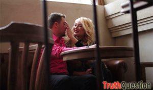Random questions for your flirtatious boyfriend