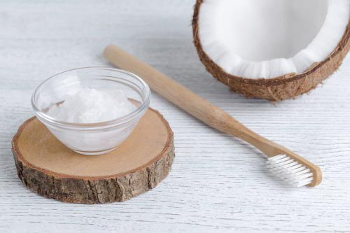 coconut oil for gum health